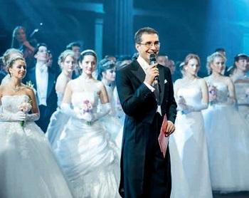 Главный танцмейстер, хореограф и ведущий Русских балов